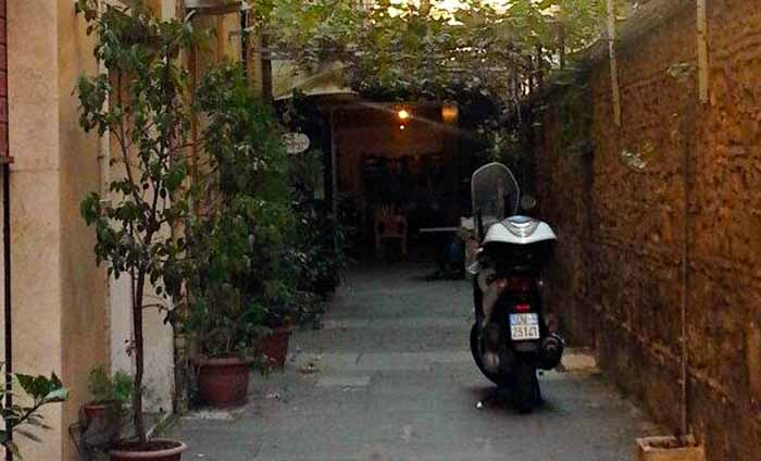 Inexpensive Rome Restaurants - Machiavelli's Club
