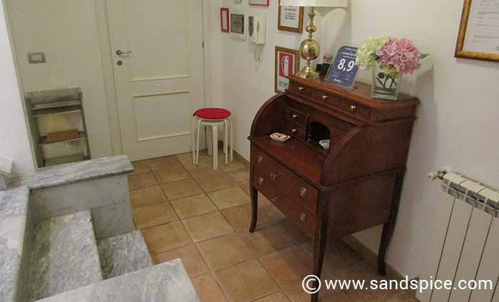Rome Hotels & Guesthouses - 'Reception' Area