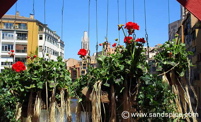 Bridge decorated for 'Girona Flower Time'