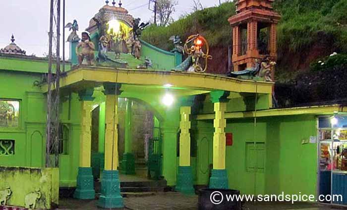 World's End Sri Lanka - Haputale Temple