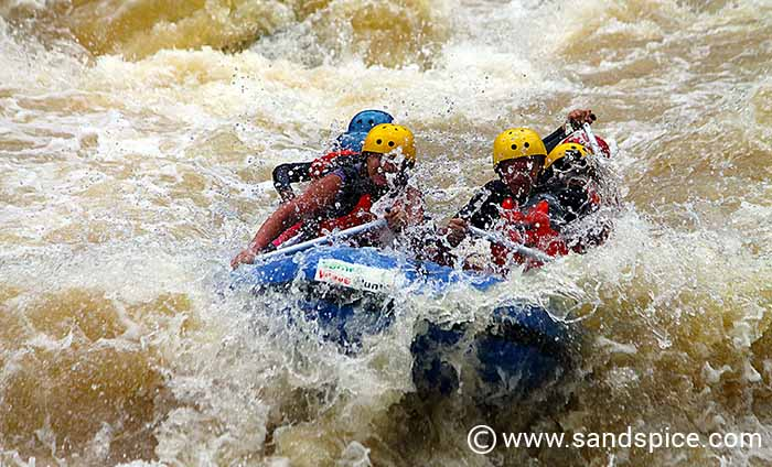 Malaysia & Borneo: White Water Rafting
