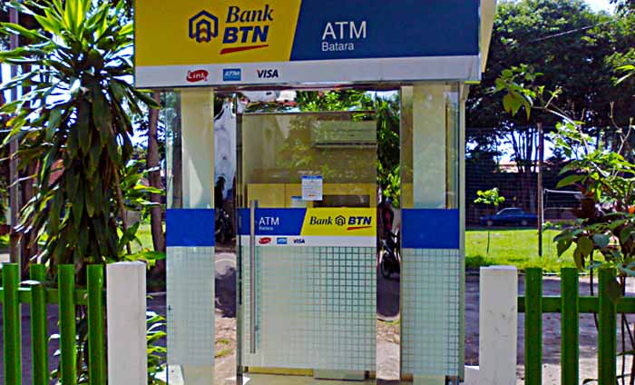 Honey, the ATM ate my card
