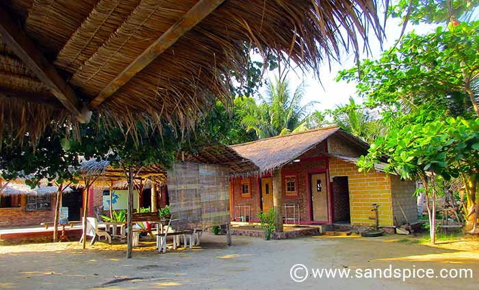 Karimunjawa Guesthouse Options - Waru