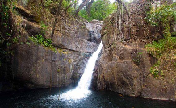 Waterfall Rappeling Boquete Panama