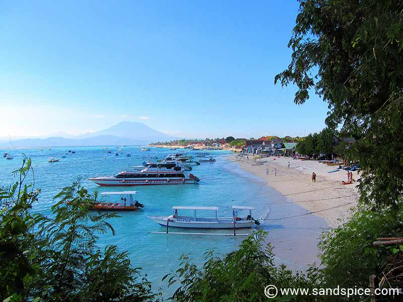 Jungut Batu fast-boat landing area