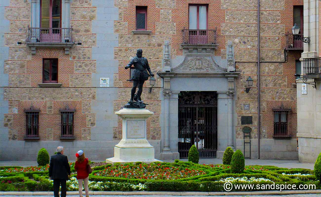 Madrid - Airport Transfers & Where to Stay